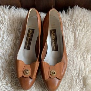 Vintage Bally Emily flats caramel color